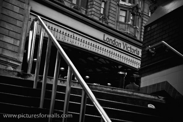 victoriastation black and white photography