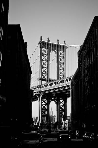 Manhattanbridge black and white photography
