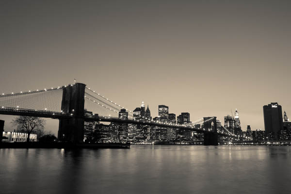 brooklynbridgeatnight print for sale