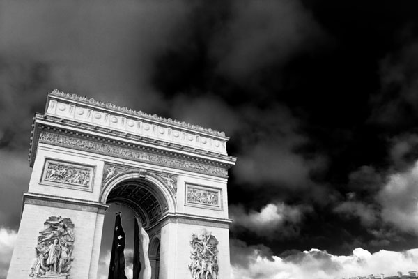arc black and white photography