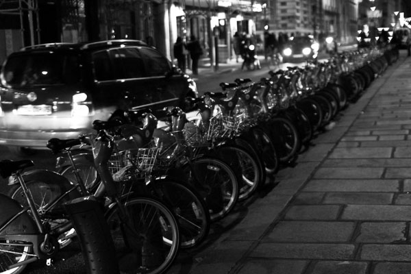 parisatnight black and white photography
