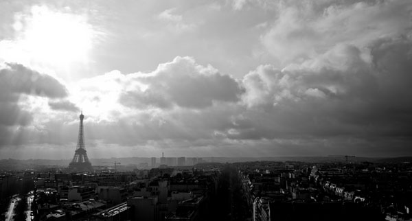 skylineofparis black and white photography