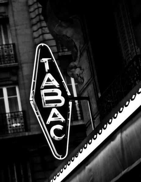 tabac black and white photography