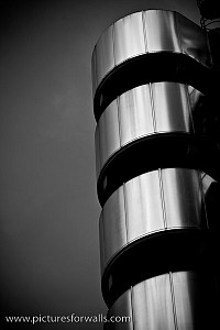 lloyds2 - Black and White