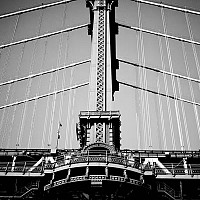 detailofmanhattan - Manhattan Bridge, New York. This bridge is often overshadowed by its close neighbour but it is still an important part of the skyline of NYC.