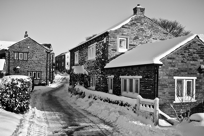 Snow Piling up in Saddleworth, UK